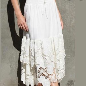 ASTAR Ivory capitola embroidered skirt